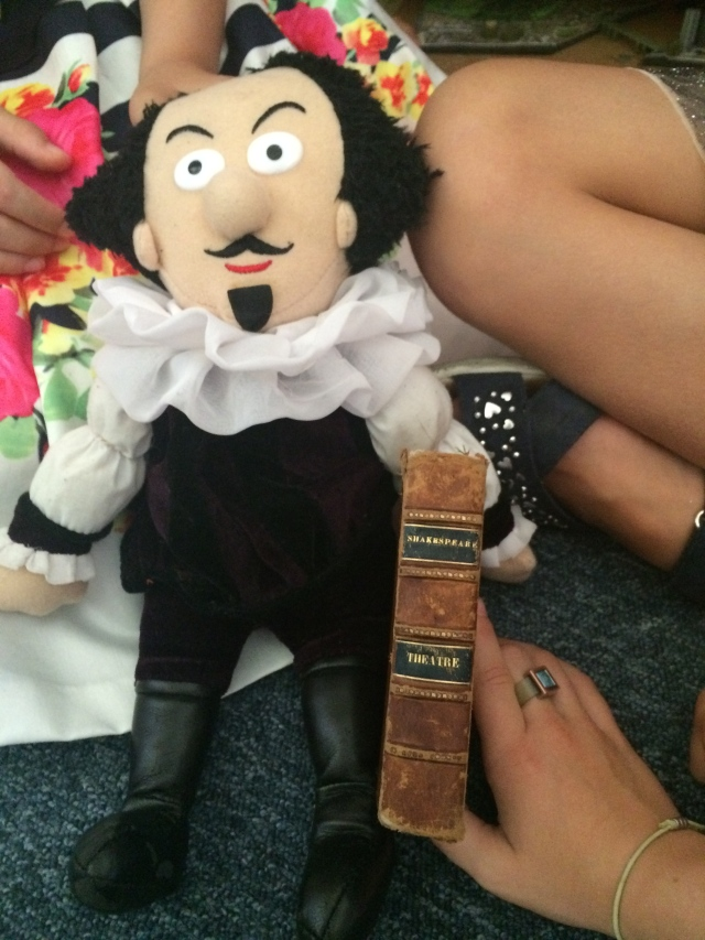 shakespeare-doll-and-antique-book-1813
